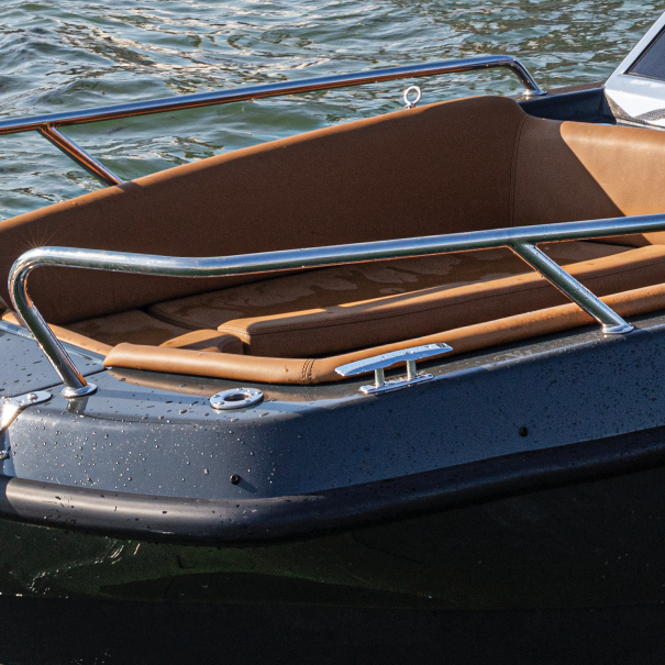 pulpits magonis electric boat